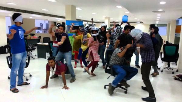 MobiKwik team doing the Harlem Shake